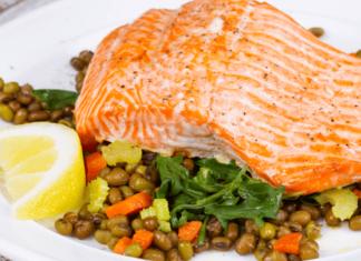 Roasted Salmon with Lentil Pilaf